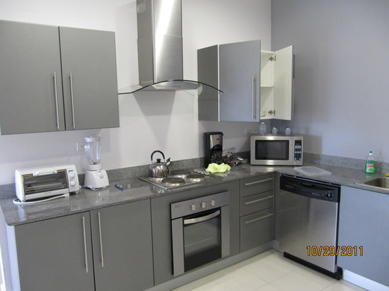 Jaco Bay Resort Condominium: kitchen