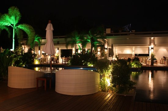 Serenity Resort & Residences Phuket : night