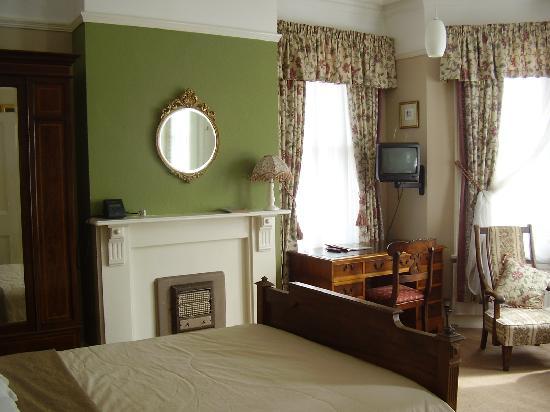Glenferness B&B: Ensuite Bedroom