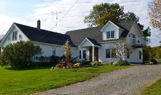 Cliff Haven Farm B&B: A home away from home!