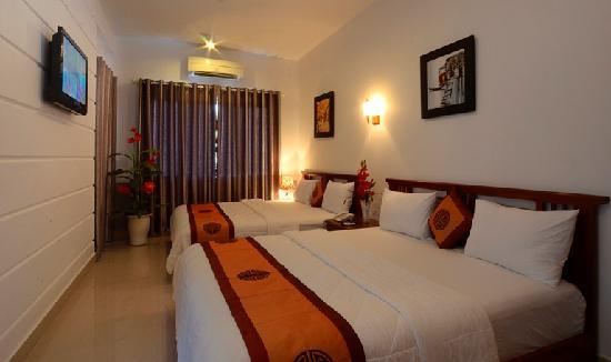 Hanh Dat Hotel Hue: 2 beds