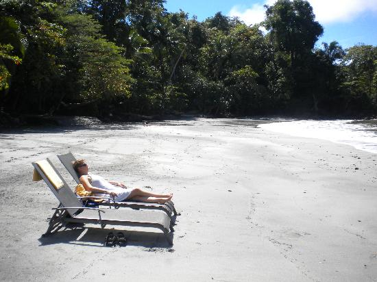 Tulemar Resort: The uncrowded private beach!
