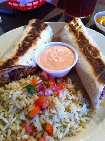 Big Fish Seafood Grill & Bar : half order of fish tacos!  yummy