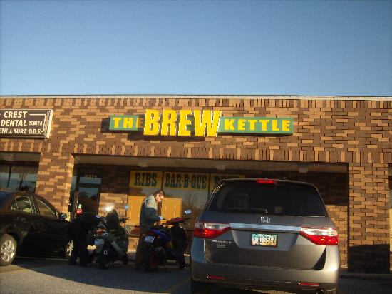 Brew Kettle Taproom & Smokehouse: Main entrance