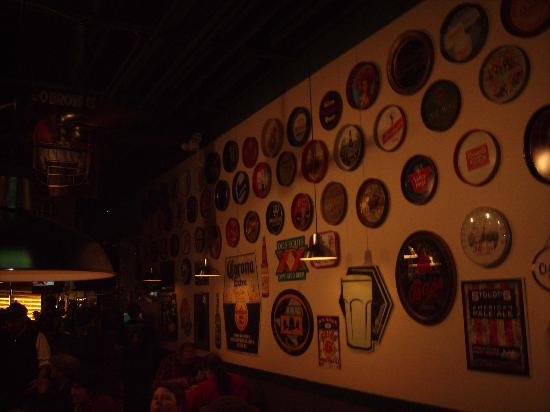 Brew Kettle Taproom & Smokehouse: Interior with some serving trays