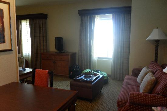 Homewood Suites Ft. Lauderdale Airport & Cruise Port: Sitting Room Area