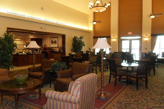 Homewood Suites Ft. Lauderdale Airport & Cruise Port: Hotel Breakfast Dining Area