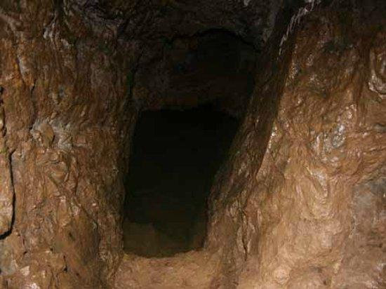 Chobar, Nepal: Chobhar caves