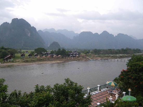 فانسانا فانغ فيينغ: The view looking right