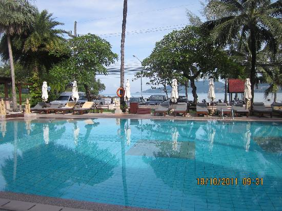 Seaview Patong Hotel: Swiming pool