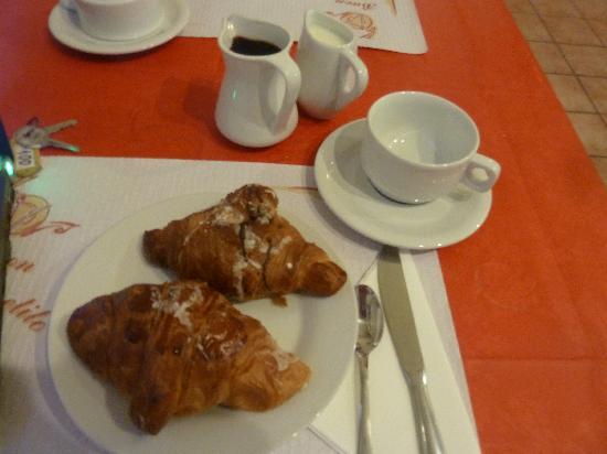 Hotel Alexis : Fruehstueck
