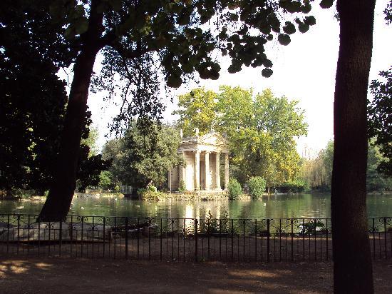 Villa Borghese: Temple of Aesculapius