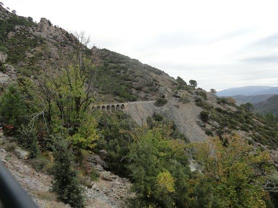 Chemins de fer de Corse : à l'entrée d'un tunnel