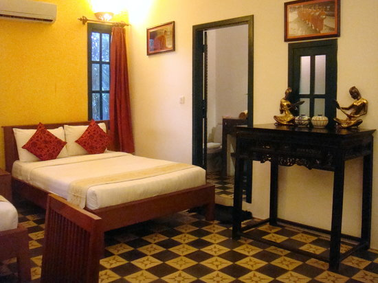 Golden Banana Bed & Breakfast & Superior Hotel: our bedroom