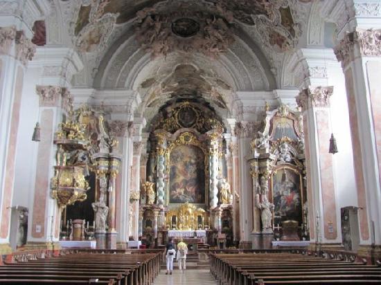 St. Michael: interior