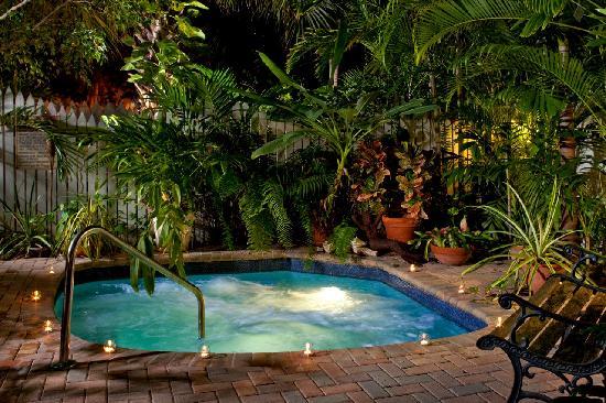 Bounty Of The Tropical Inn Garden Picture Of Tropical Inn Key West Tripadvisor