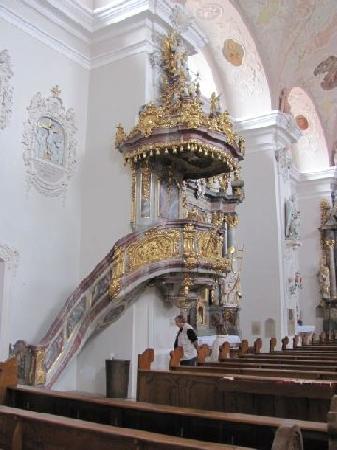 St Jakob: pulpit