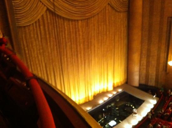 Balcony seating picture of the metropolitan opera new for Balcony seating