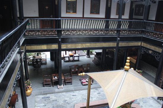 BuddhaZen Hotel: Lobby