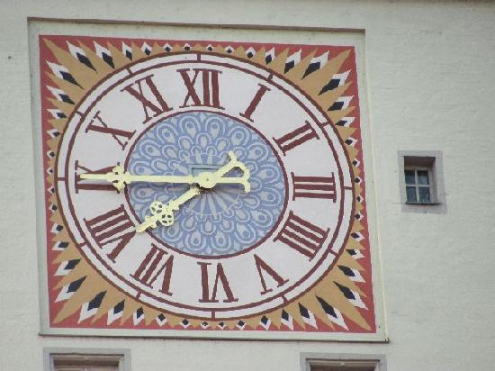 Alte Rathaus (Old Townhall) : clock