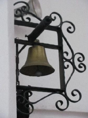 Geiersbergkirche: small casted bell