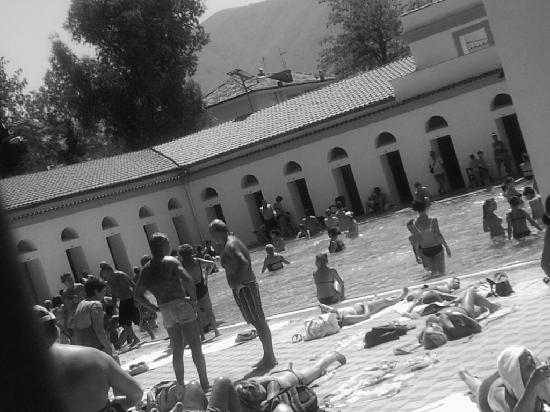 Telese Terme, Italia: La piscina termale