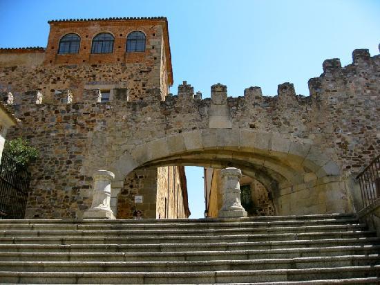 Old Town of Cáceres: Arco de la estrella
