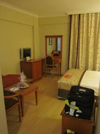 Prestige Hotel: My 6th floor room