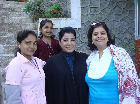 birdsnchirps Homestay: My wife, Mrs Bhalla, Mr Sister and my daughter