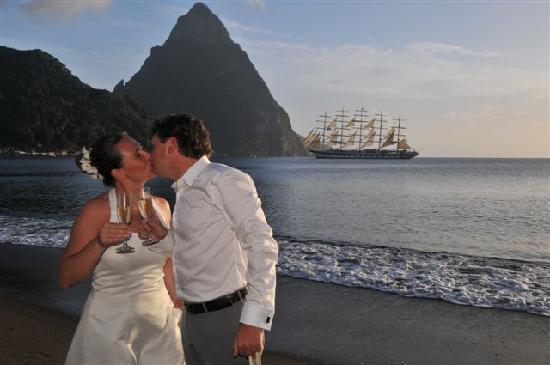 منتجع شاطئ همينجبيرد: Wedding Bliss