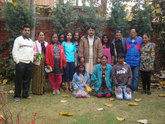 Hotel JH Bazaz (Happy Cottage): Group photo