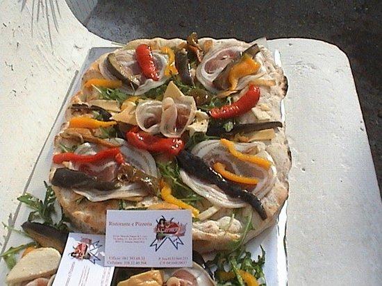 La Carmencita: PIZZA FANTASIA LA REGINA DELLE REGINE....