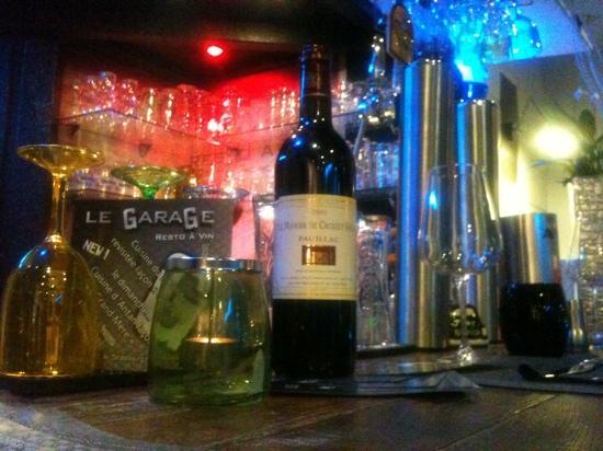 Le GaraGe Restaurant: bar a vin et tapas