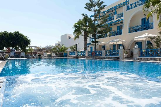 Hotel Golden Star: pool area
