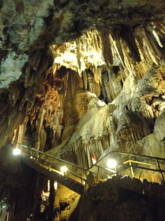Cuevas de Valporquero (Valporquero de Torio, Spain): Top Tips Before You Go -...
