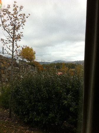 Hericlea Hotel Sport : vue viaduc depuis fenêtre cuisine chalet 4 personnes