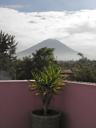 Casa Arequipa: View of Volcano Misti from the rooftop terrace