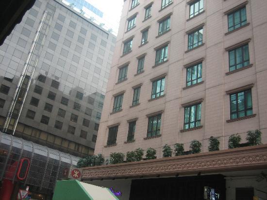 Shamrock Hotel: the hotel backside