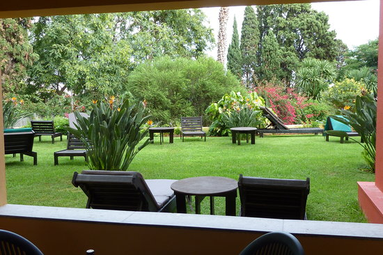 Pestana Village: Garden view from Patio - Apt. 4011