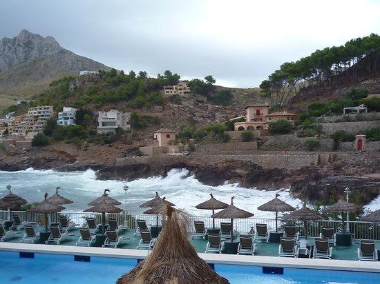 Grupotel Molins: Pool and Sea