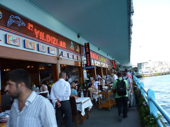 Hotel Polatdemir: Restaurants on Galata bridge