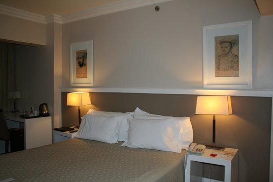 Huentala Hotel: room