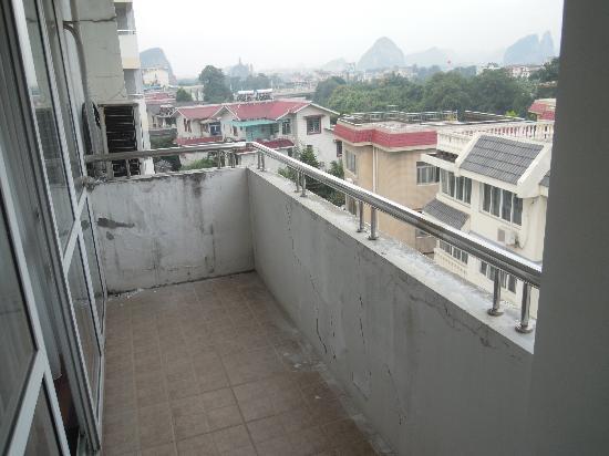 Fortune Condominium Hotel: Poggilo stanza