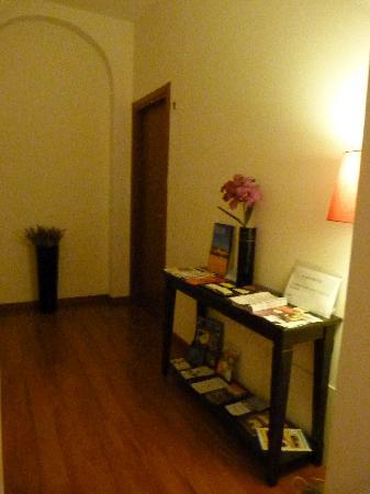 Magnifico Messere: The small hallway