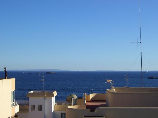 Hotel Central Playa: vista dal terrazzo della piscina