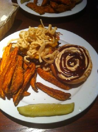 The Brickhouse Grill: tumbleweed burger and sweet potato fries