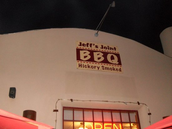 Jeff's Joint BBQ: Jeff's Joint Barbecue, Taos