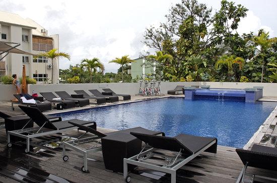 Hotel Tahiti Nui : Swimming Pool