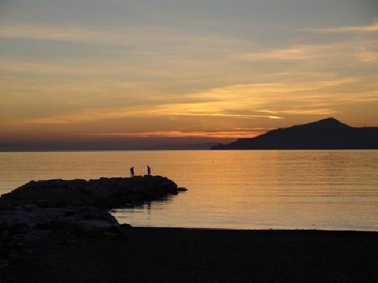 Ristorante Antica Liguria: Tramonto verso Portofino