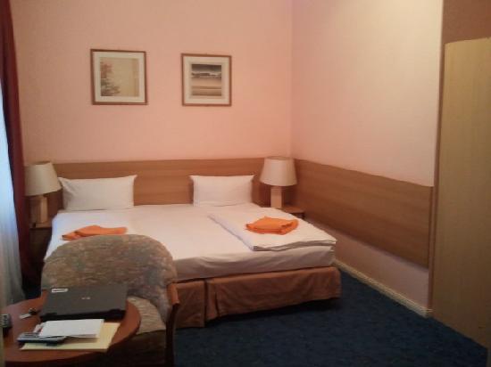 Hotel Castell: ZI Gesamtansicht 2